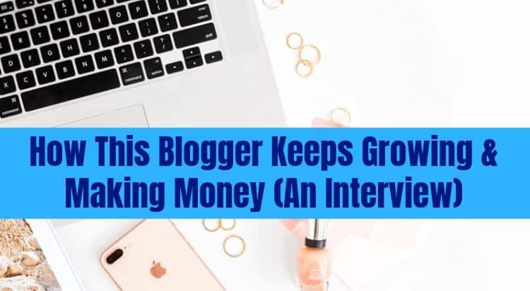how do bloggers make money online